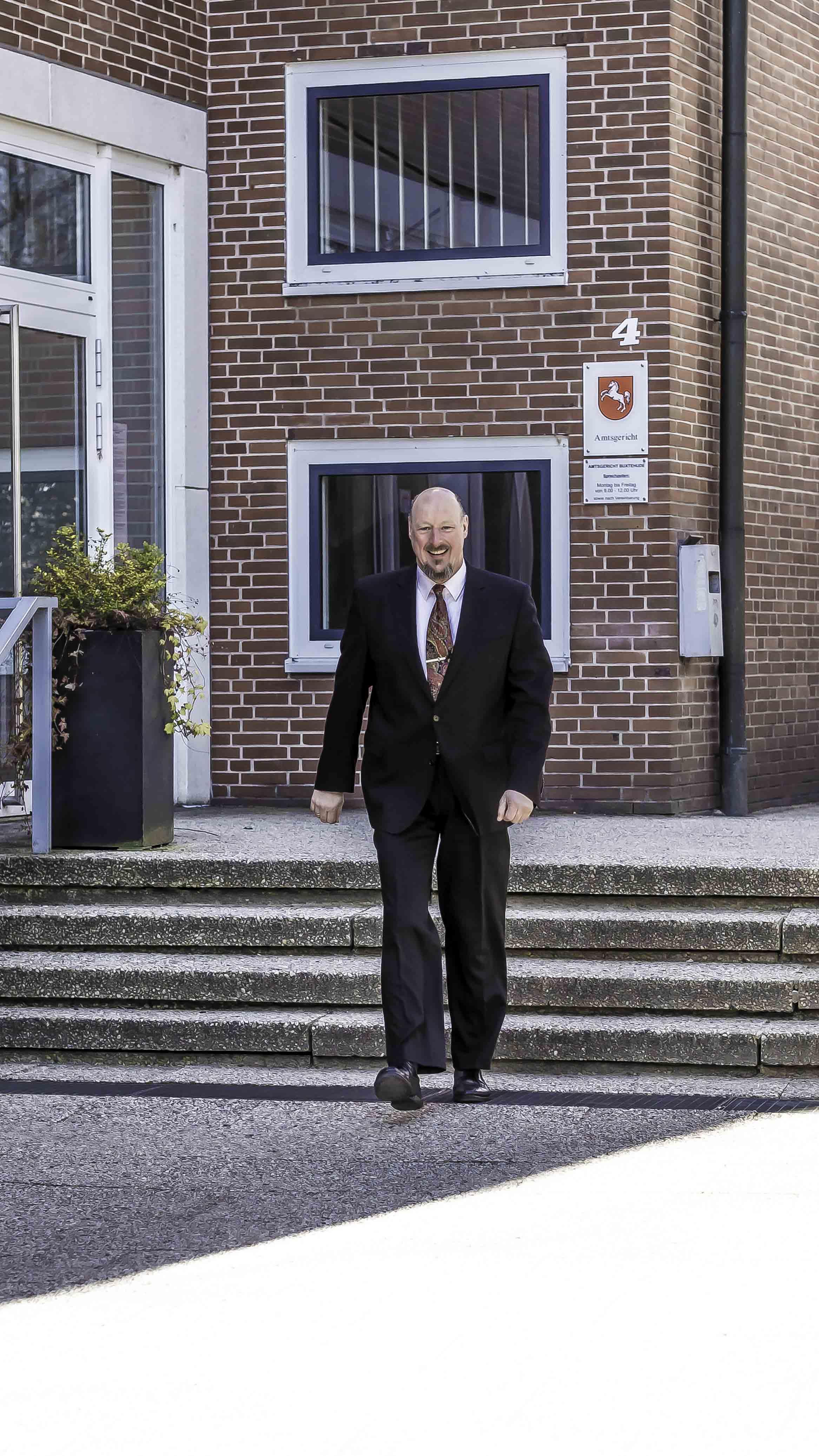 Rechtsanwalt Martin Sommerfeld vertritt Sie in Buxtehude